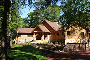 Split Home In Forest - Southland Log Homes