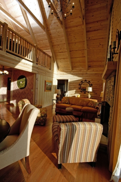 Featured-Log-Home-7-(28)