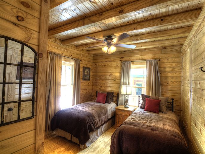 Featured Log Home 8 (1)