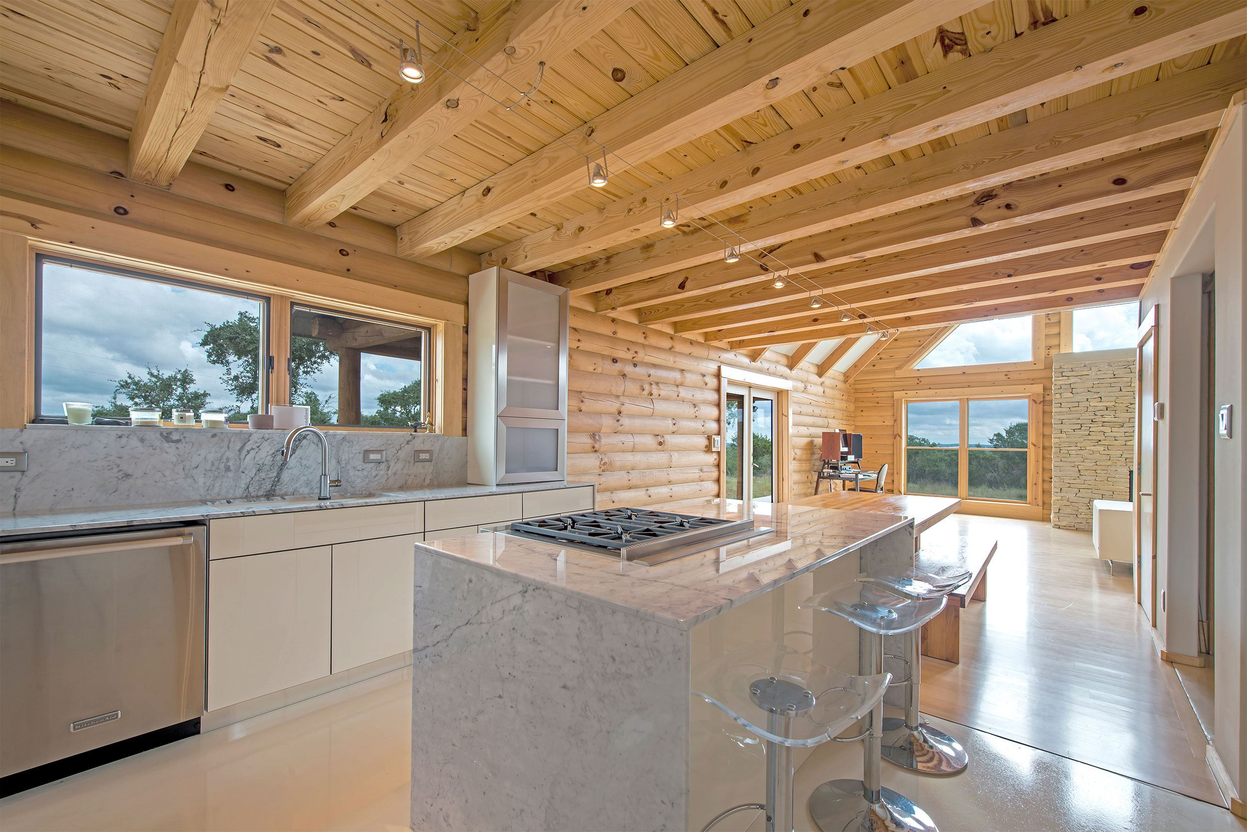 Featured-Log-Home-9-(25)