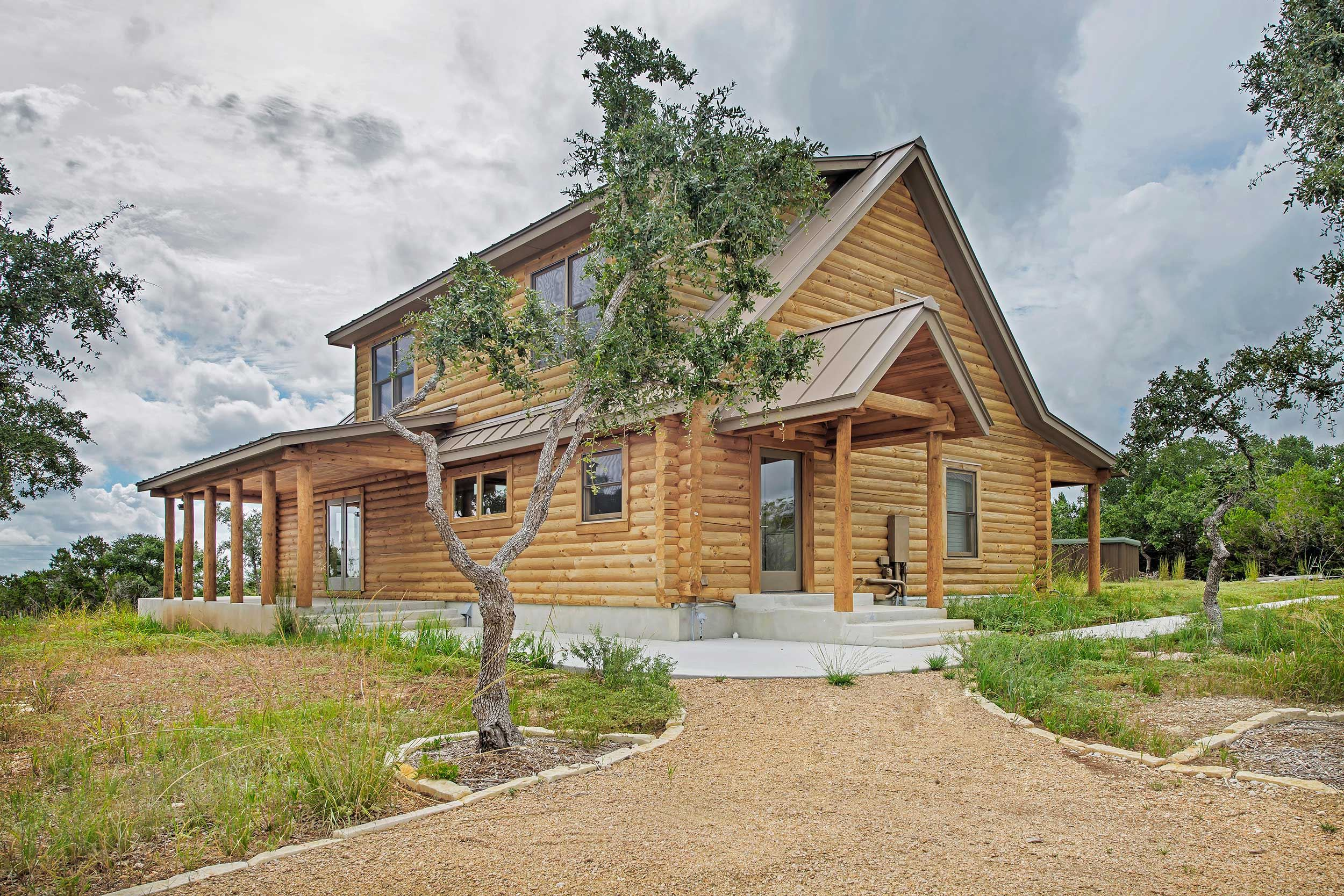 Featured-Log-Home-9-(38)
