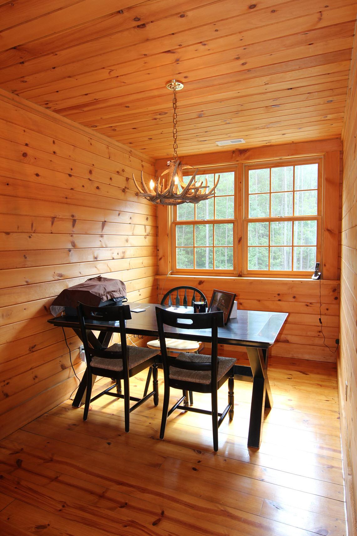 Old Oak Lodge 137