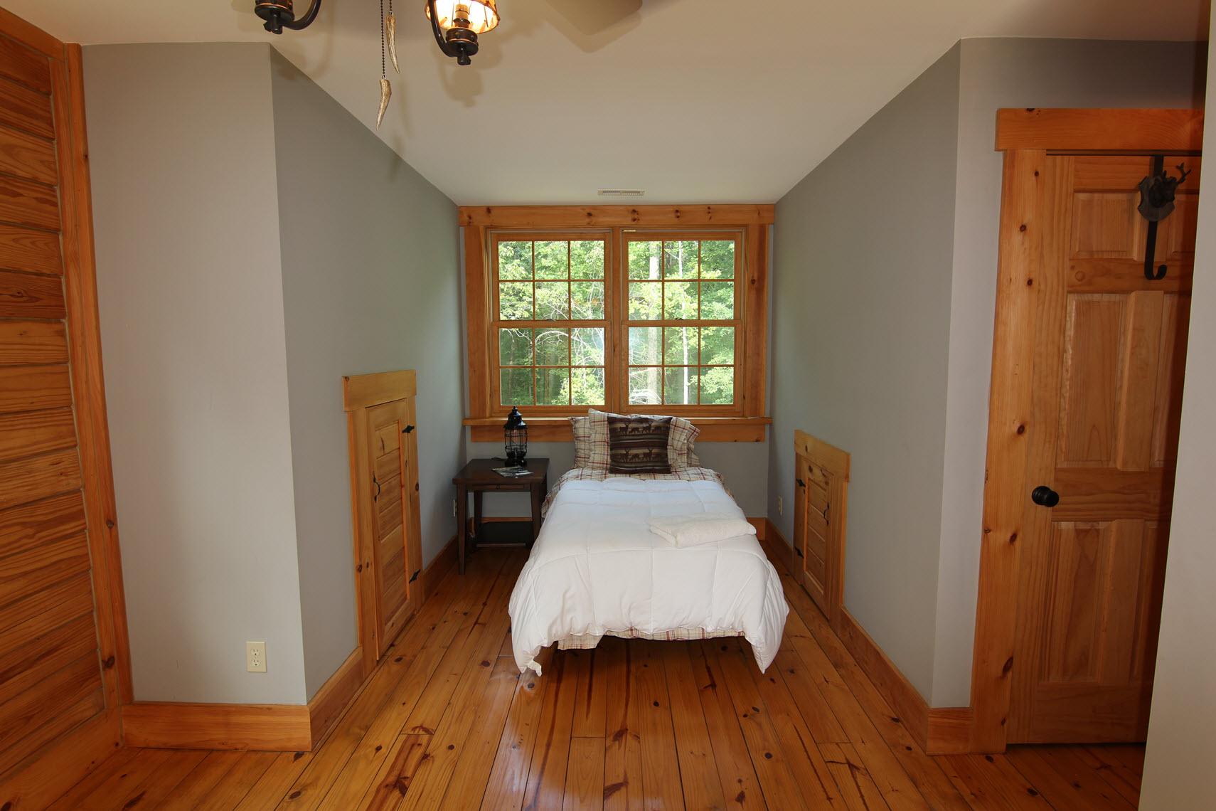 Old Oak Lodge 157