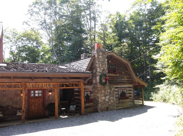 The Maypole by Southland Log Homes