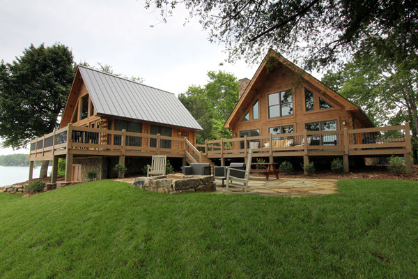 Southland Log Homes - 2017 NAHB Winner Home of Distinction