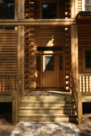 Southland_Log_Homes_Highland_Entrance